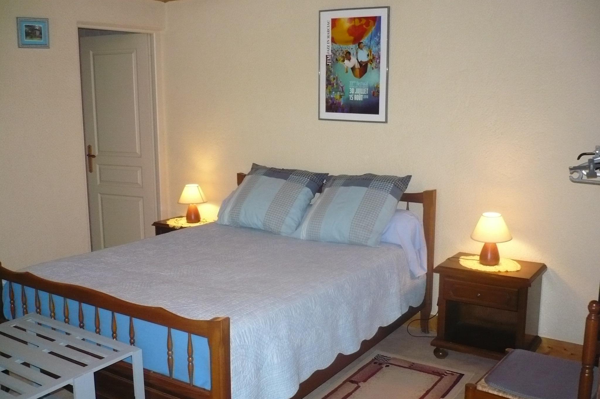 chambres d 39 h tes camping la ferme montestruc dans gers. Black Bedroom Furniture Sets. Home Design Ideas